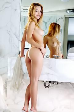 Slutty blonde playmate