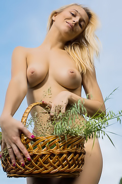 Russian beauty Vika