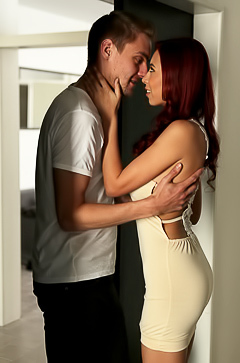 Hot porn with elegant redhead woman