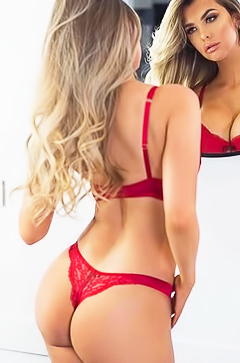 Perfect shapes of Emily Sears