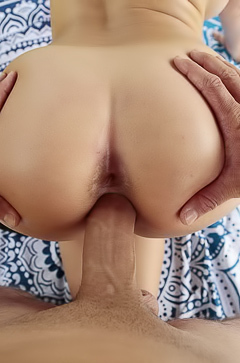 Quinn Wilde Enjoys A Deep Pussy Fucking Outdoors