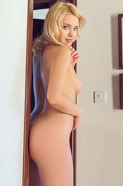 Mary Lin Hot Blonde Teen