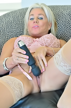 Mature Blond Payton Playing With Sex Toys