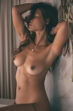 Nackt Maki Katana  Asian Hottie