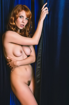 Redhead Kayla Coyote - Hairy Pussy Pics