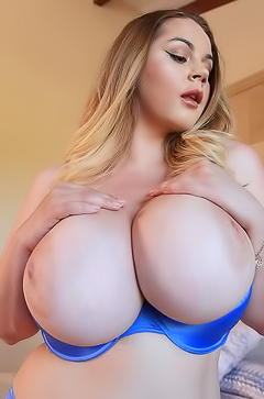 Holly Garner - Extra Big Tits Size
