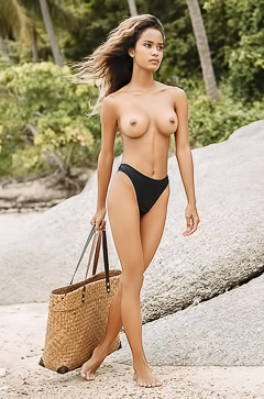Natural Busty Putri Cinta Walking Topless On The Beach