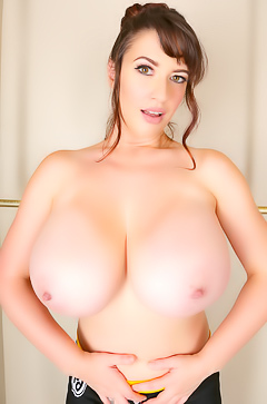 Lana Kendrick With Gigantic Tits Like Hot Speed Racer